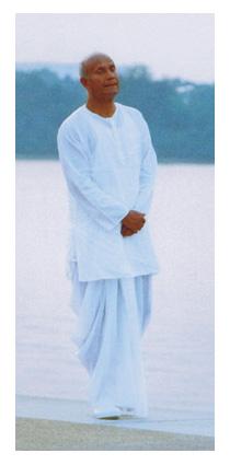 Шри Чинмой медитирует